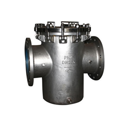 Basket flanged strainers